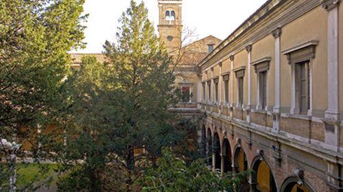 Il Chiostro Grande della Biblioteca Classense