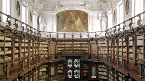 La libreria della Biblioteca Classense realizzata dall'abate Pietro Canneti