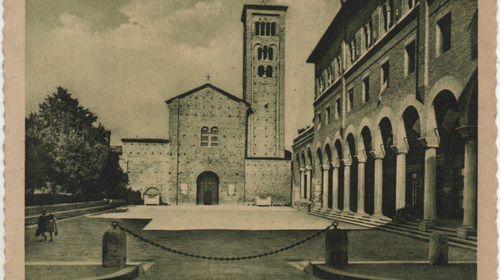La basilica di San Francesco in una cartolina del 1952
