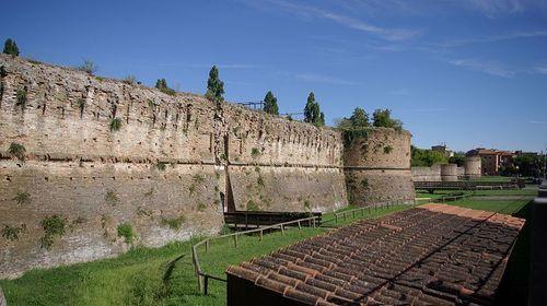 Veduta laterale della Rocca Brancaleone