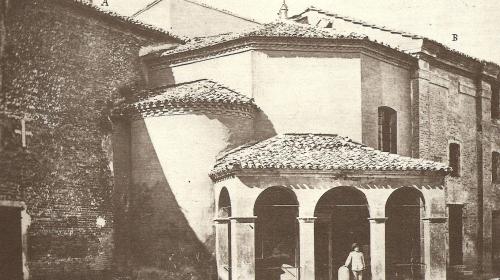 Il Battistero degli Ariani in una foto dei primi del Novecento