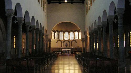 Interno della basilica di San Giovanni Evangelista