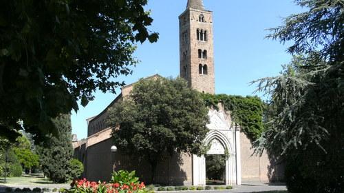 Ingresso della basilica di San Giovanni Evangelista