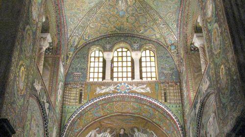 I mosaici dell'abside e del presbiterio di San Vitale