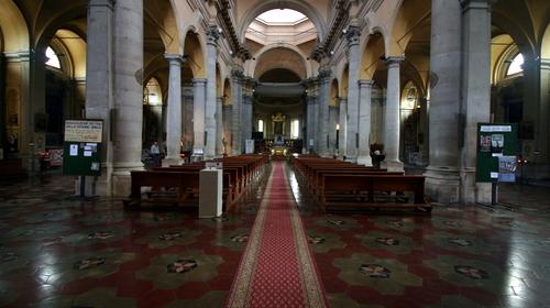 Interno della chiesa di Santa Maria in Porto